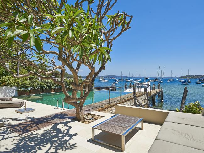9 Coolong Rd Vaucluse with views over the Sydney Harbour